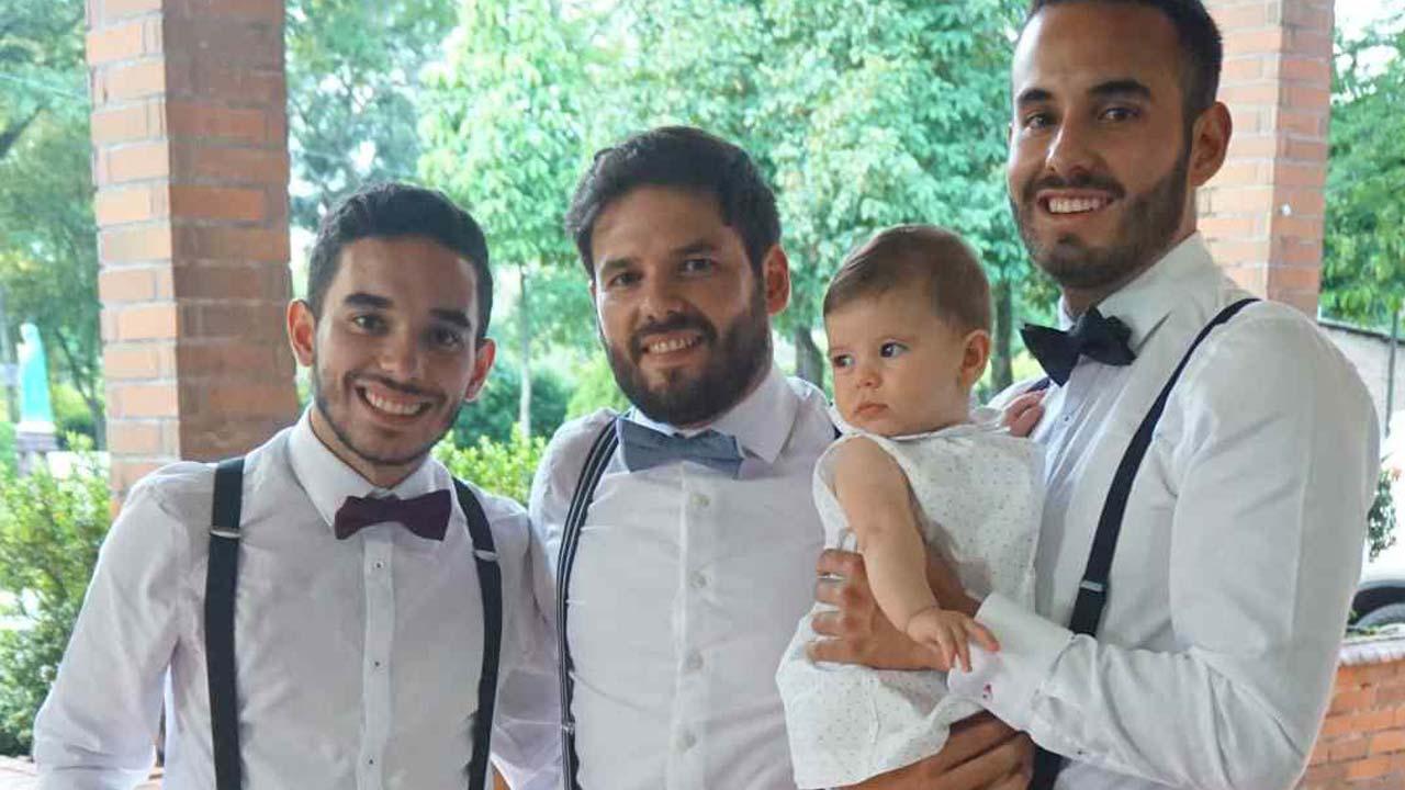 Mario est devenu papa de jumeaux à 15 ans, mais aussi le paria de son village colombien