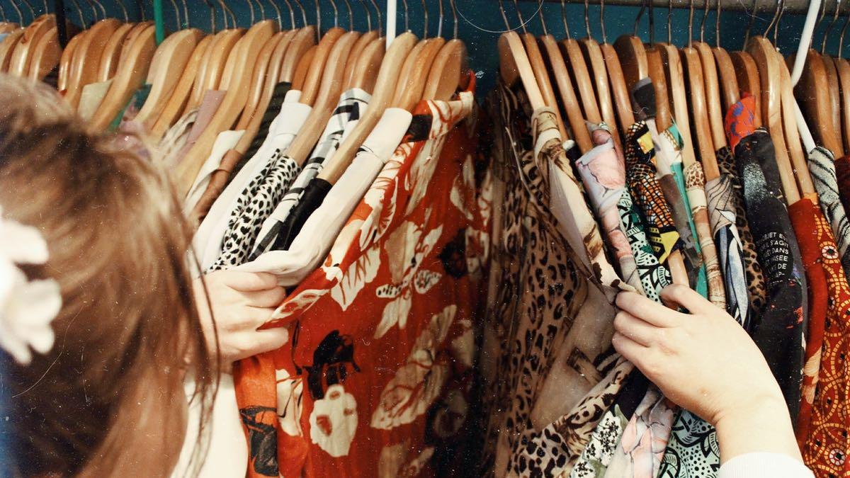 Auchan se lance dans la vente de vêtements d'occasion et c'est une bonne nouvelle !