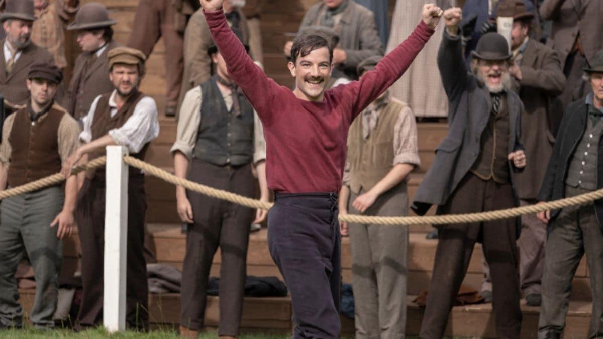 Le créateur de Downton Abbey lance une nouvelle série EN COSTUMES !