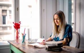 4 conseils de médecin pour étudier chez toi sans t'abîmer la santé