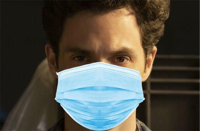 Faut-il intégrer ou non la pandémie dans les intrigues de films et séries?