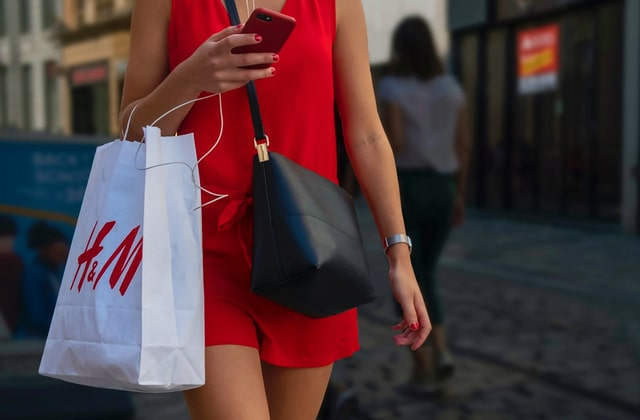 Le monde de la fast-fashion est fortement impacté par la crise du COVID-19