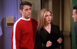 La créatrice de Friends présente ses excuses, les fans s'emballent