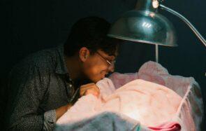 «Pour la fête des pères, nous voulons : 1 mois de congé paternité »
