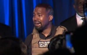 Kim Kardashian appelle à la compassion envers Kanye West