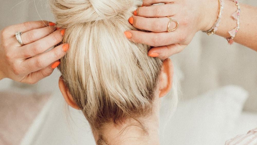 25 idées de coiffures rapides pour les matins pressés