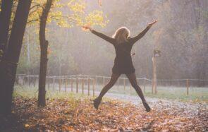 Nos astuces feelgood pour traverser l'automne sans prise de tête