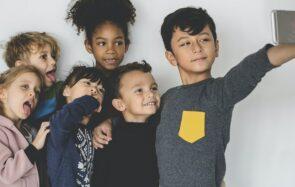 Enfants influenceurs : la fin d'un vide juridique (et de la grande vie pour quelques parents)