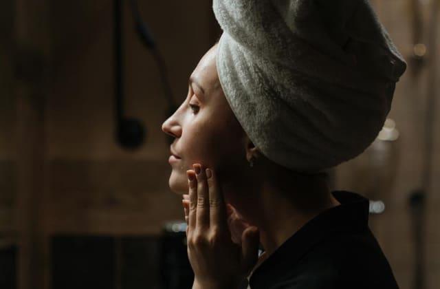 4 conseils pour régénérer sa peau la nuit