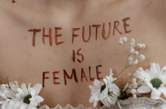 3 féministes de différentes générations débattent de militantisme