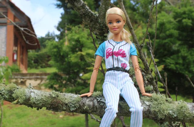 Barbie, féministe ? Dans les usines Mattel en Chine, il y a encore du chemin à faire