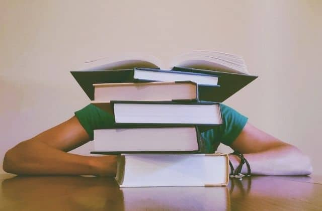 «Plus les jours passent, plus j'ai du mal à me lever»:la détresse d'une étudiante en 2020