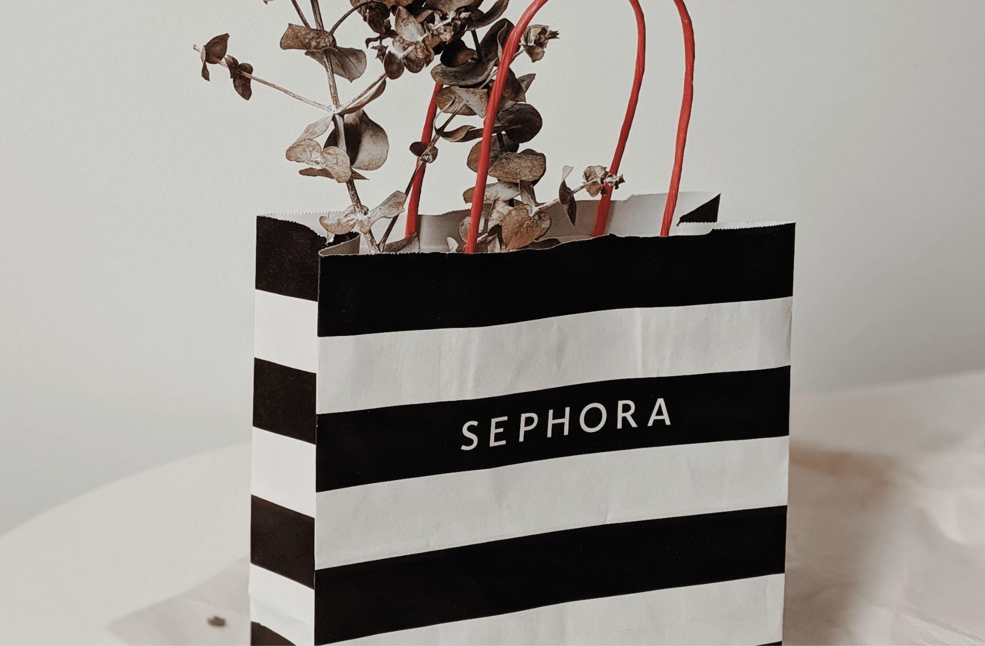 Les vigiles des Sephora vont-ils enfin arrêter de suivre les personnes racisées dans les allées?