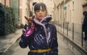 Le clip de Thérèse «Chinoise? » est sorti, et il est beau et politique