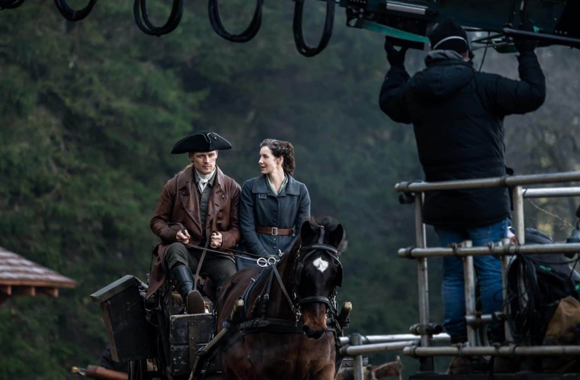Alerte ! Les premières images du tournage de la saison 6 d'Outlander sont là