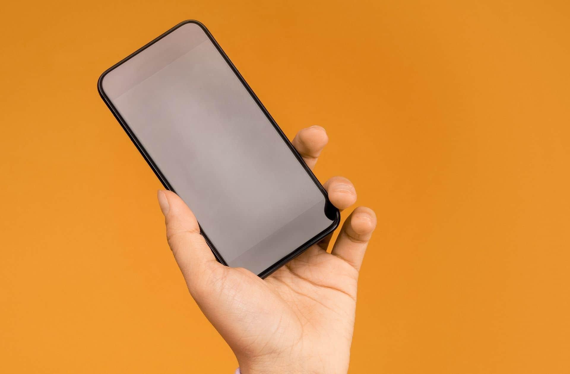 Ras-le-bol de votre opérateur ? On a comparé les meilleurs forfaits mobile du moment - madmoiZelle.com