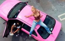 Avec «Pretty Summer Playlist: Season 1», Saweetie nous fait découvrir des artistes prometteurs