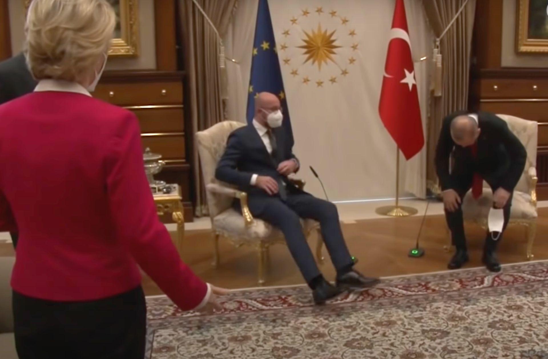 « Sofagate » : comment une affaire de chaise manquante a créé un incident en Turquie