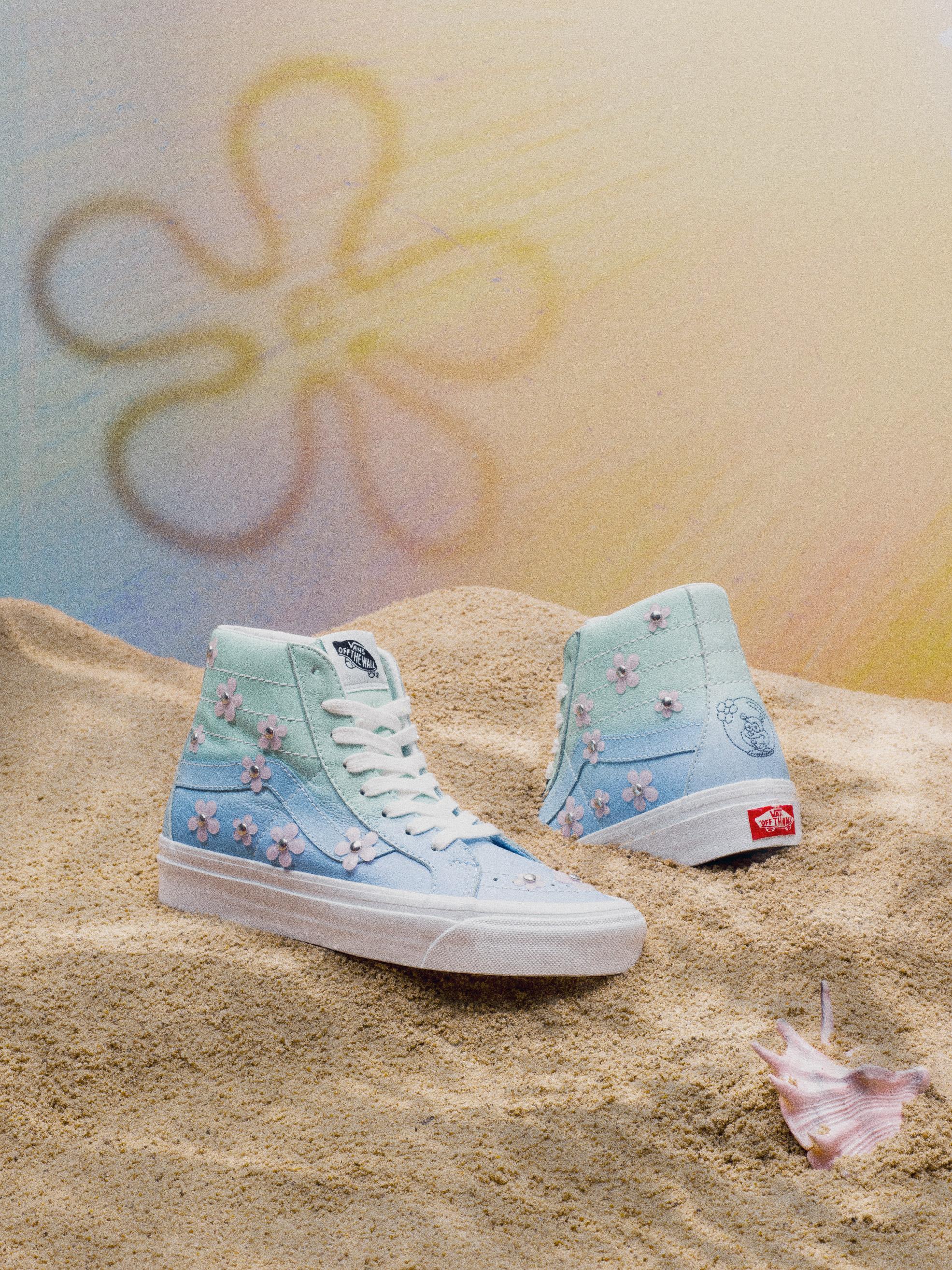 Chaussures Sandy Liang for Vans x Spongebob Sk8-Hi 38 DX, 120€.