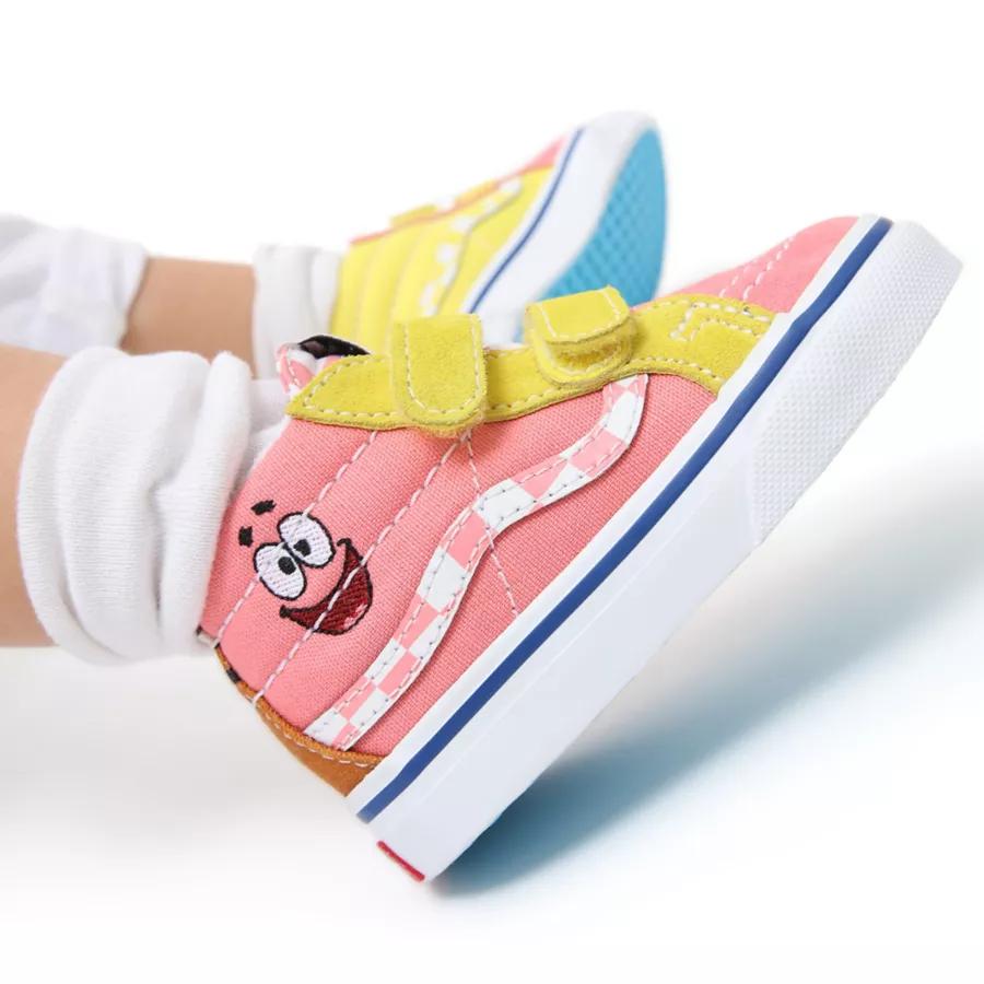 Chaussures Vans x Spongebob Sk8-Mid Reissue Velcro Bébé (1 à 4 ans), 55€.