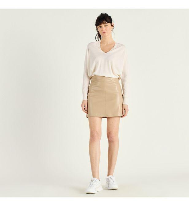 Mini-jupe en similicuir avec des poches et taille haute, Artlove, 35€.