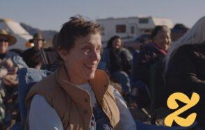 «Nomadland», un film à Oscars pas comme les autres qui met en lumière la vie de vrais marginalisés